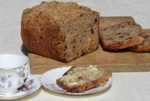 gluten-free-fruit-loaf