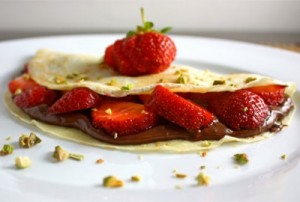 gluten free strawberry and nutella crepes